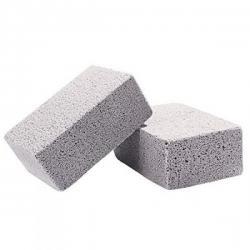 Čistící kámen před a po grilování